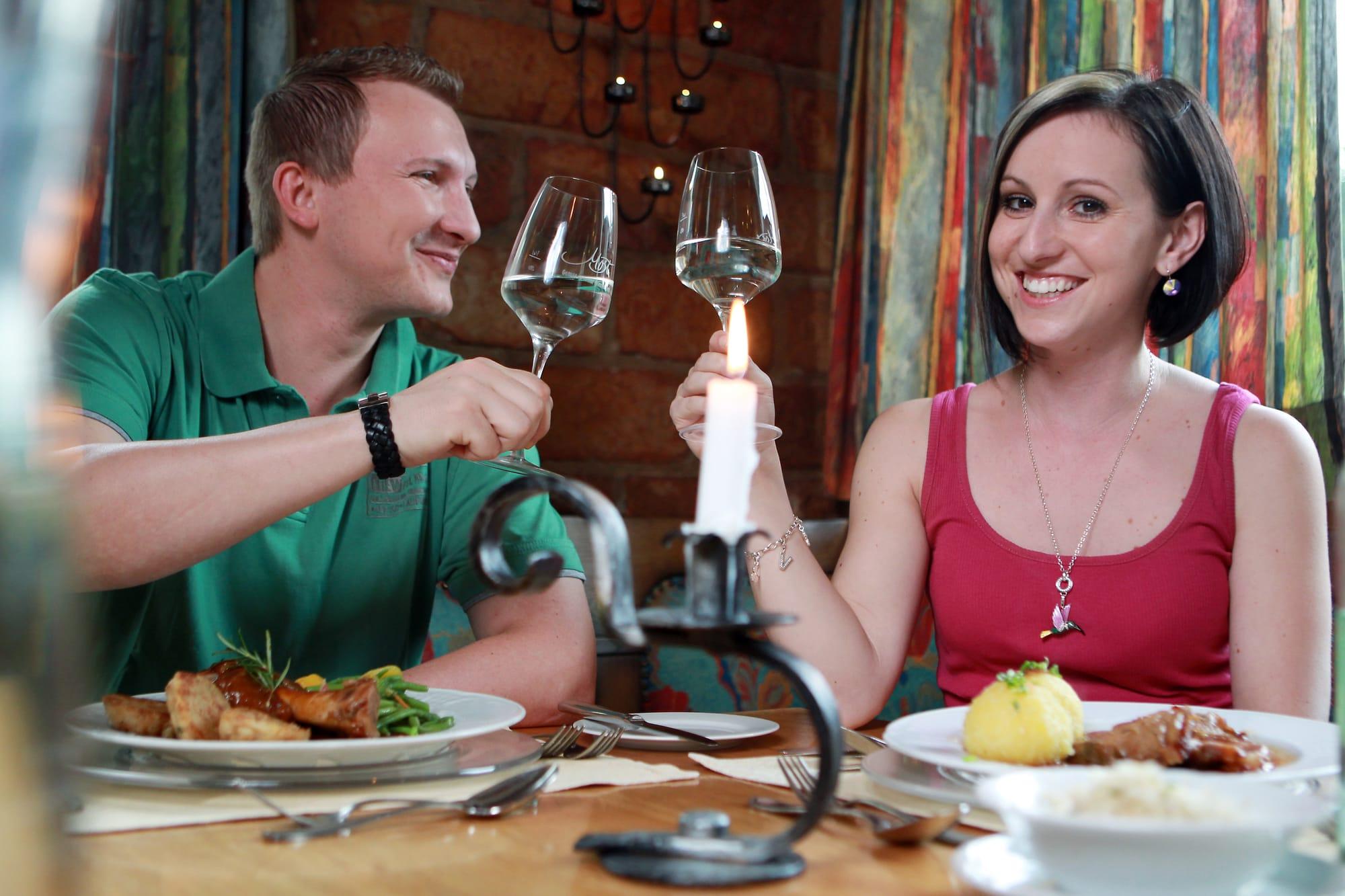 Slideshow Foto 4: Lassen Sie den Abend gemütlich ausklingen bei Gasthof-Restaurant Dorfschmiede